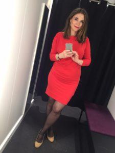 rød kjole pang nylon nylonstrømper høje hæle
