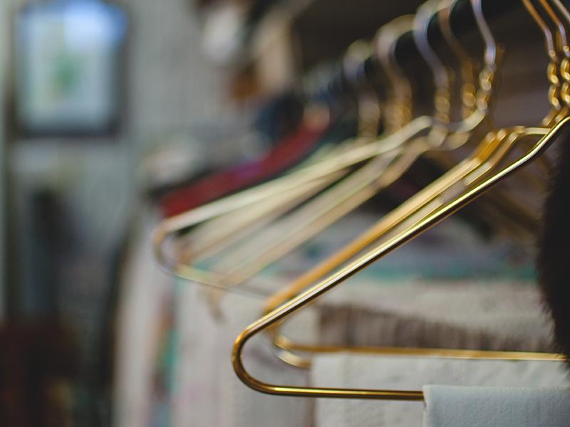 Lav dit eget garderobetjek: 5 trin og 2 sidegevinster!