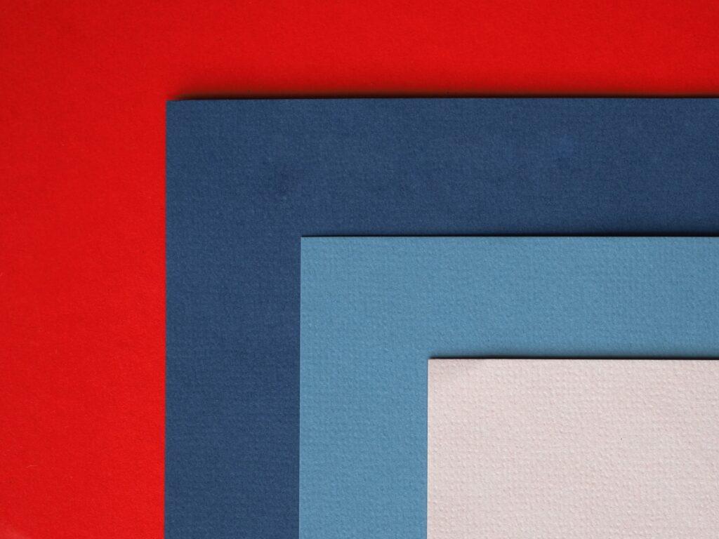 farver hvid lyseblå blå rød