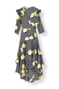 5ae7750e4357 Ganni har ejet kjolefronten denne sæson. Den her slå om kjole er da heller  ikke til at så for ... suk.
