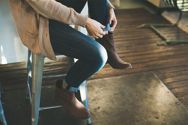 d994d6adf0be 12 helt forskellige slags sko til vinterhalvåret … og hvordan du styler dem